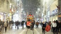İstanbul Beyaza Büründü Buzlanmalara Dikkat